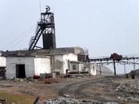 Заброшенный рудник-убийцу в Бурятии охраняет милиция