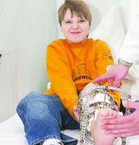 Врачи предложили мальчику выбросить собственную ногу