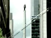 В центре Нью-Йорка завелся человек-амфибия