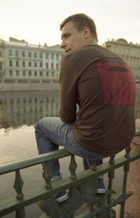 Главный герой «Питер FM» Евгений Цыганов «играл никого и всех