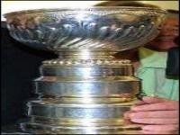 Кубок Стэнли покажут омичам и спрячут от москвичей