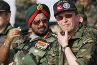 Выход России из договора по ограничению численности армий