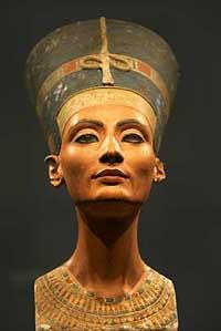 Бюст Нефертити из Берлинского музея