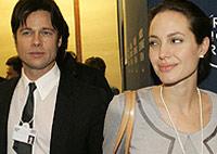 Джоли и Брэд Питт усыновляют вьетнамского мальчика