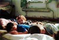 Недетский бизнес: раскрыта банда, торговавшая русскими детьми
