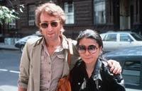 Убийцу Леннона покажут по телевизору