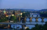С поезда Прага видна лучше