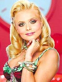 Ксения Новикова живет с Шоном Коннери