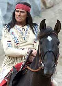 Более 40 лет Митич строит из себя вождя апачей