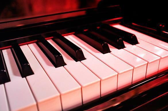 Веселые песни на работе улучшают атмосферу в коллективе