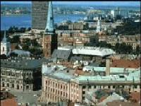 Геям и лесбиянкам не дали пройти по улицам Риги