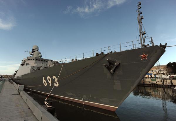 Ракетный корабль  Дагестан   Новейший ракетный корабль  Дагестан  прошел испытания на двух морях: на Черном и на Каспийском. Фото ИТАР-ТАСС/ Дмитрий Рогулин  Ракетный корабль «Дагестан»