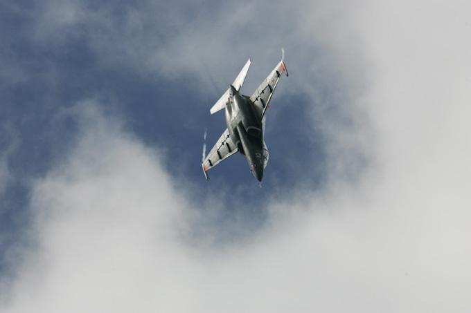 Россия передаст Сирии первую партию самолетов Як-130 При этом в Федеральной службе по военно-техническому сотрудничеству назвали упомянутые сроки «очень оптимистичными», поскольку в нем учитываются только технологические возможности завода-производителя самолетов. Россия, Сирия, самолет, Як-130