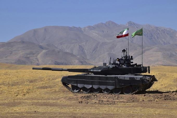 Новый иранский танк не уступает российскому?