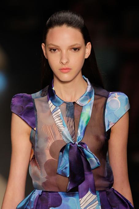 Летняя коллекция Maria Bonita В рамках проходящей в эти дни Недели высокой моды в Рио-де-Жанейро свою новую коллекцию летней одежды представил модный бренд Maria Bonita