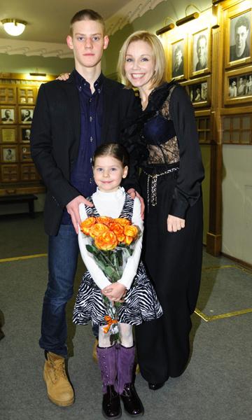 Вручение премии Олега Табакова: http://www.pravda.ru/photo/album/21462/1/