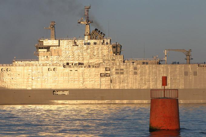 """БПК """"Владивосток"""": тестовый заплыв в историю 19 апреля 1990 года приказом главнокомандования ВМФ  однофамилец  нового БПК  Владивосток  был исключён из состава флота. 1 января 1991 года корабль был разоружён, 1 июня тогоже года расформирован. Впоследствии продан в Австралию для разделки на металлолом. Военный корабль БПК """"Владивосток"""" оружие армия Франция"""