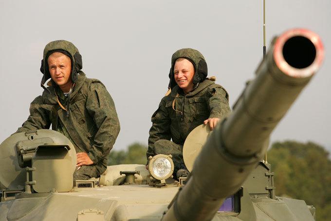 Огненный  Спрут   Отечественные конструкторы шли к созданию этой необычной машины полвека.  Спрут-СД. Танк-амфибия, армия, оружие