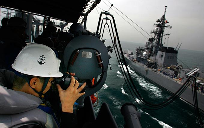 """Japón está intensificando el poder principal amenaza militar, de acuerdo con el documento, el Gobierno de Japón considera que las acciones de China, tratando de """"fuerza para cambiar el status quo, en el este de China y del Sur de China Seas, así como en otras regiones.""""  Japón, el ejército, re-"""