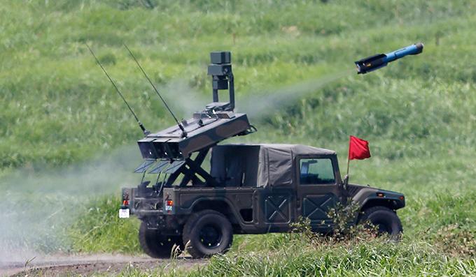 Япония наращивает военную мощь Обстановка в Восточной Азии обострилась в конце ноября после заявления Китая о введении новой зоны идентификации ПВО в Восточно-Китайском море. Смотрите все лучшее в разделе Оружие япония,армия,перевооружение