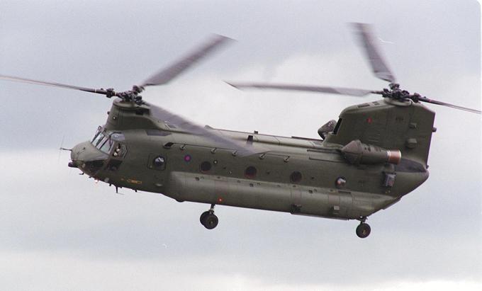 Многоцелевой транспортный вертолет  Chinook  Боинг CH-47  Чинук  (Boeing CH-47 Chinook) — американский тяжёлый военно-транспортный вертолёт продольной схемы. вертолет, Chinook,авиация