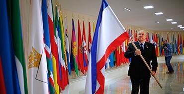 Павел Золотарев: Поспешность решения России по Крыму вызывает неоднозначную реакцию большинства стран