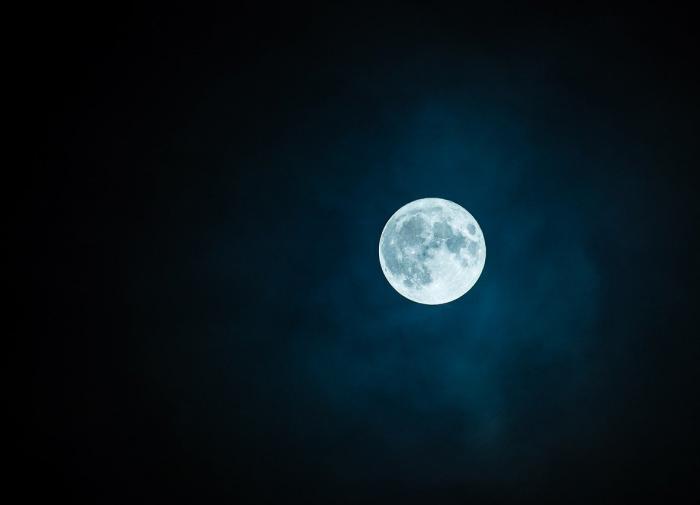 Фильм «Первые на Луне»: СССР освоил Луну на 31 год раньше, чем США