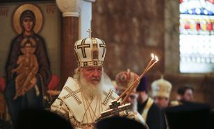 Патриарх Кирилл призвал верующих быть внимательными к подстерегающим в соцсетях опасностям