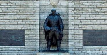 """''Бронзового солдата"""" в Таллине могут заменить памятником жертвам  коммунизма"""