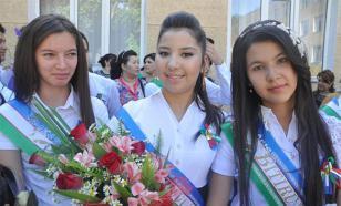 В Узбекистане запретили выпускные вечера и подарки для учителей