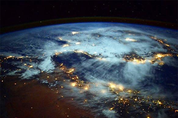Натан ЭЙСМАНТ – об опасной и глобальной проблеме космоса