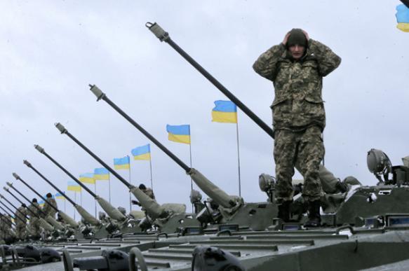 В ДНР назвали условия отведения вооружения с линии спорикосновения