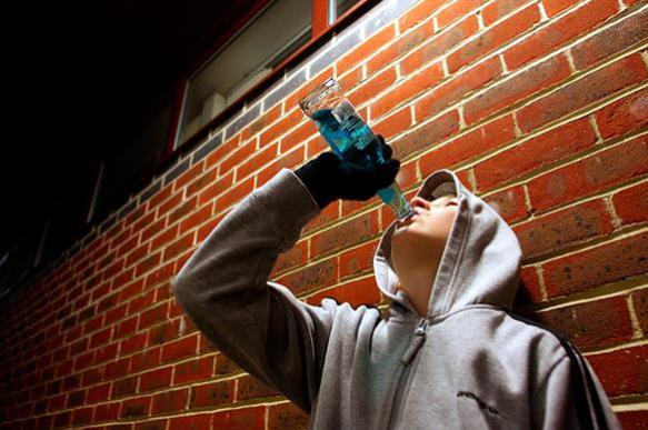 Родителям грозит прогрессирующий штраф за пьющих детей
