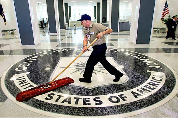 """Директор ЦРУ планирует """"воровать секреты"""""""