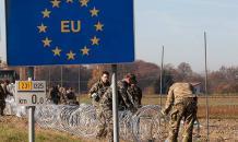 Поляки встревожены: Россия зачем-то строит забор на границе