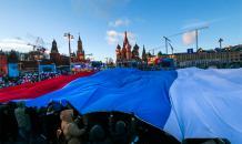 """Социологи: Большинство россиян уверены - страна движется """"куда нужно"""""""