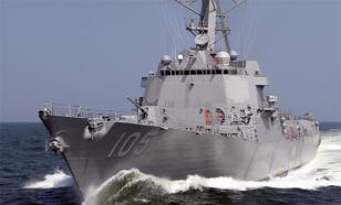 Корабли Китая выгнали эсминец США из своего моря
