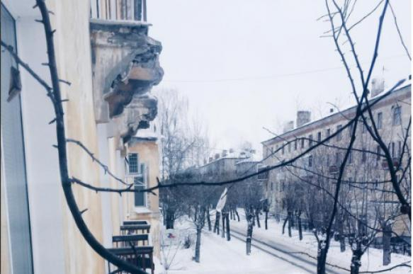 Нижегородская область: Жилой дом уходит под землю