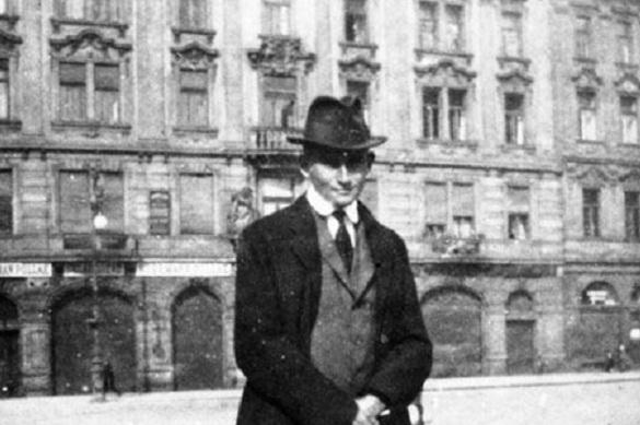 Библиотека Израиля отсудила архивы Кафки у мнимых наследников