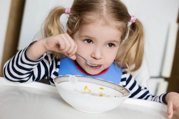 Челябинская прокуратура проверит жалобу на червей в детсадовских обедах