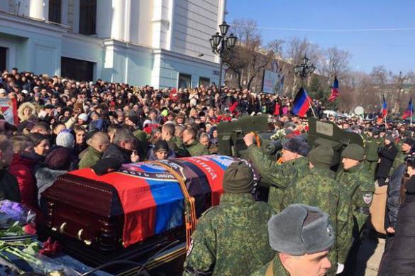 Захарченко поклялся отомстить за смерть Гиви