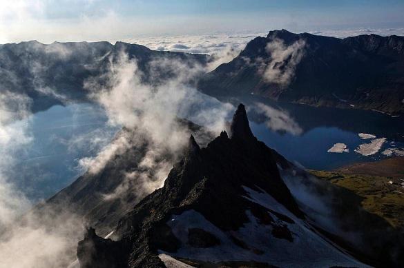 """Геологи подтвердили легенду о """"тысячелетнем"""" мощнейшем извержении """"священной горы"""" Ким Чен Ира"""