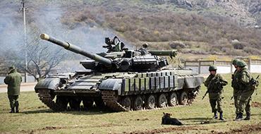 Ростислав Ищенко: Киеву нужен внешний враг, ведь внутренними успехами он похвастаться не может