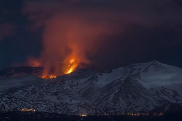 Журналисты BBC оказались на взрывающемся вулкане