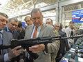 Российский автомат АК-74М превзошел винтовку M16