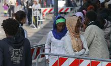 Жители итальянского Горино строят баррикады от мигрантов