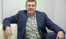 Бард Новиков возместит ущерб по делу о мошенничестве