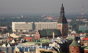 Кремль назвал источник истеричной русофобии в Прибалтике