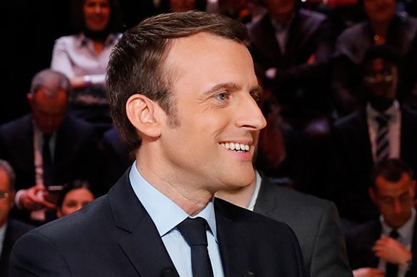 Макрон победил в первом туре выборов во Франции с минимальным отрывом