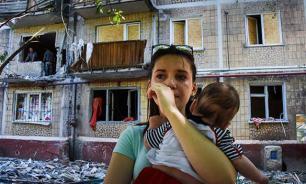 Дома и шахты под обстрелом: На Донбассе собирают подписи против геноцида